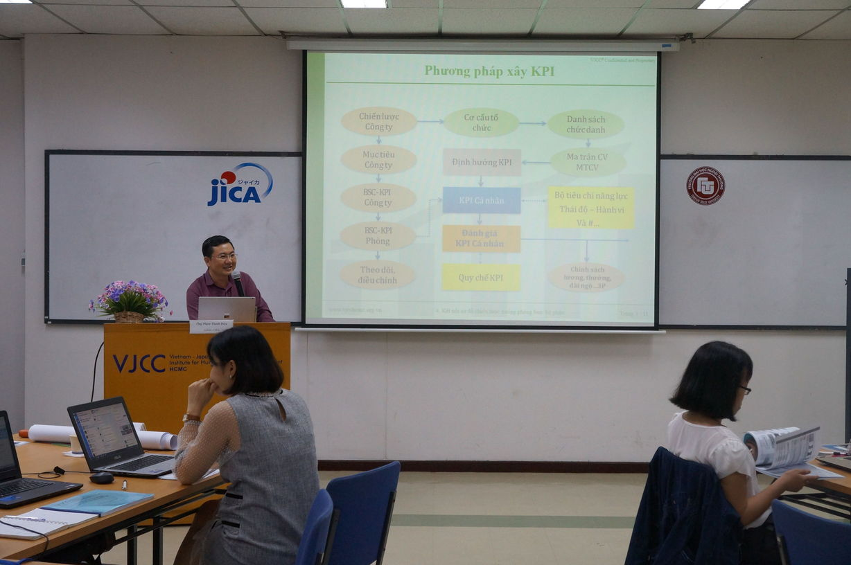 khoa hoc BSC KPI OKR (26)